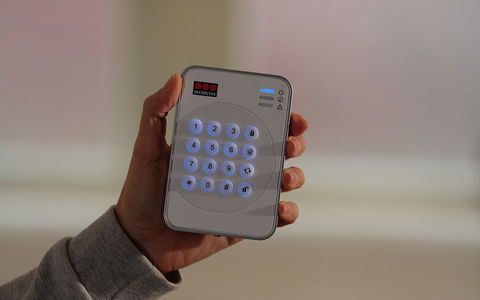 Keypad Hand Right Securitas Home 1902x1190 72dpi