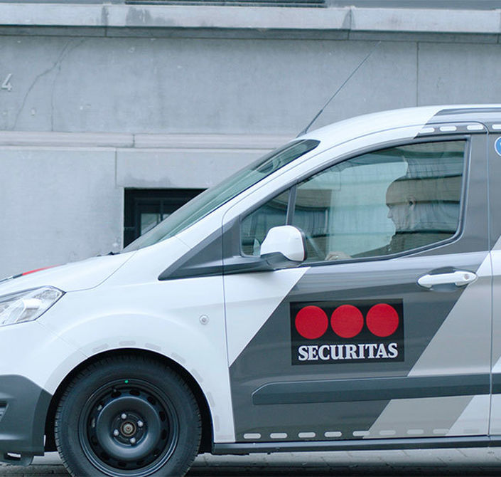 Securitas Home Securitas mobile guard car front door 1020x638
